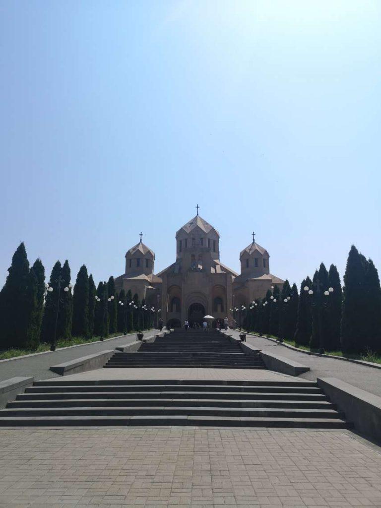 храмът св. Грегорий Илюминаторът в Ереван