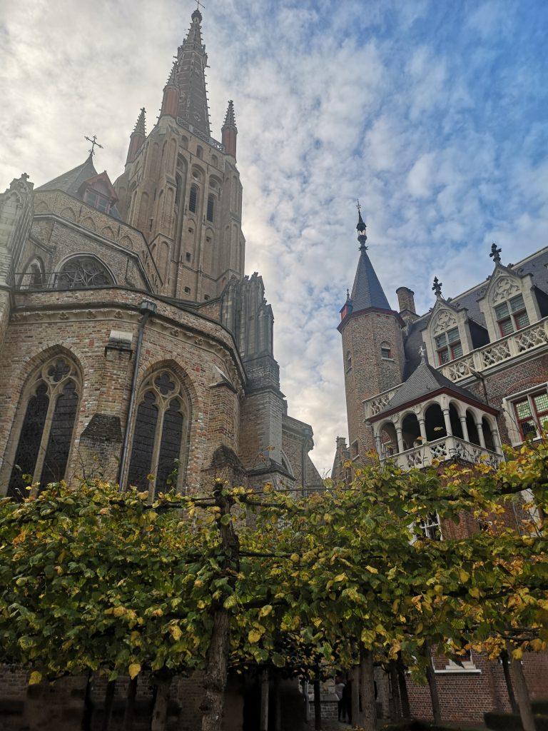 катедралата Света Дева Мария