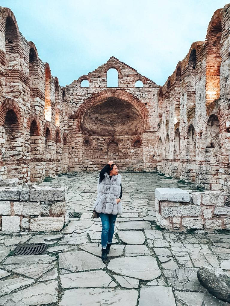 Базиликата Св. София в Несебър